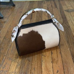 Cowhide handbag real fur